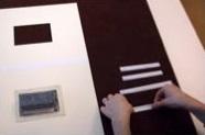 1. Corta y dobla cuatro tiras de papel como en el primer ejemplo.
